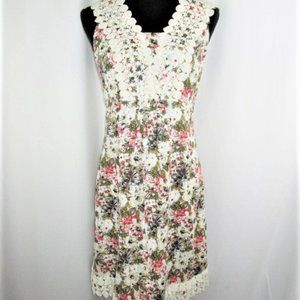 Floral and Lace Sleeveless Dress By Tiana B-size 8